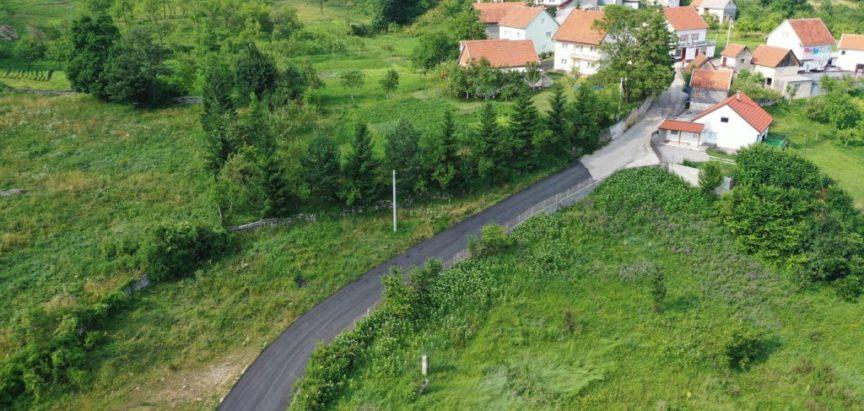 Foto/video: U Rumbocima završena prva faza uređenja lokalnih putova