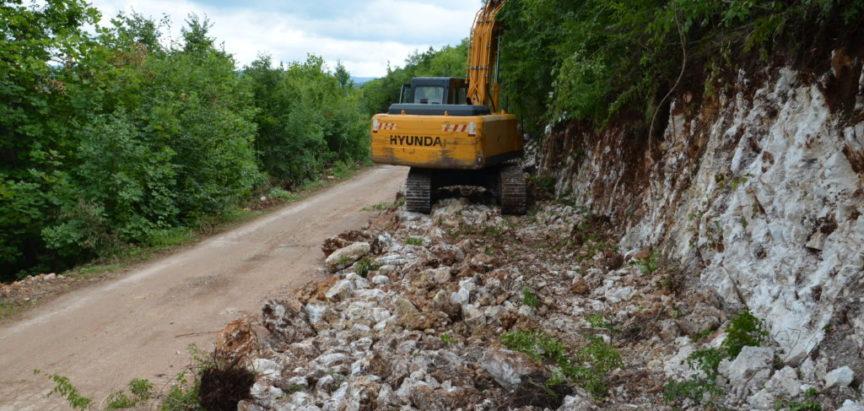 Foto/video: Radovi prema Orašcu i Kozlu napraduju prema planu