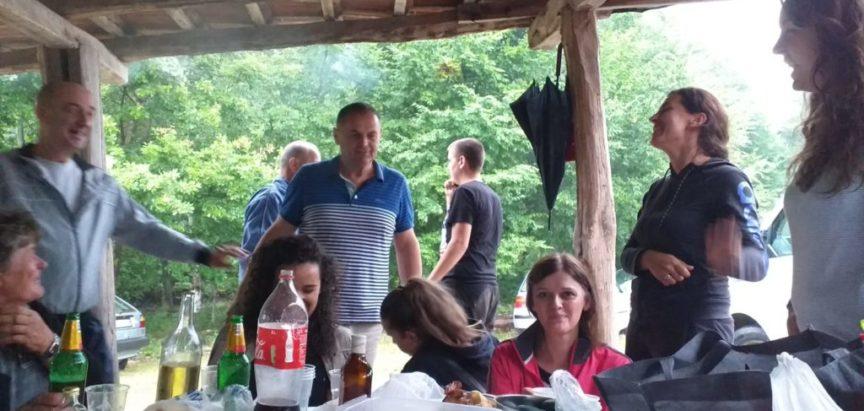 Foto/video: Župa Gračac molitvom i druženjem obilježila spomen na Jakića cure
