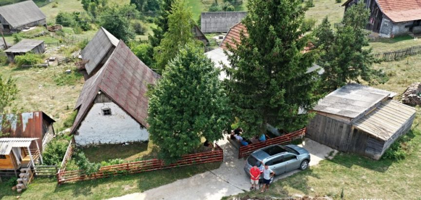 Foto/video: Načelnik općine Prozor-Rama dr. Jozo Ivančević obišao radove od Orašca do Kozla