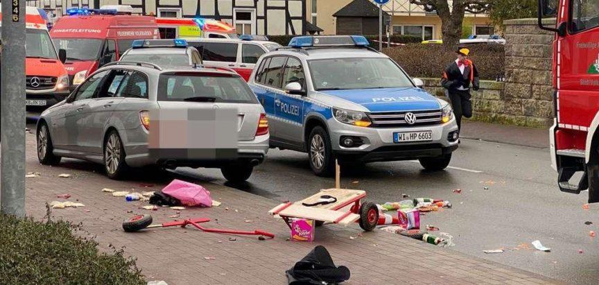 Zabio se autom u Njemačkoj  u karnevalsku povorku, više ozlijeđenih