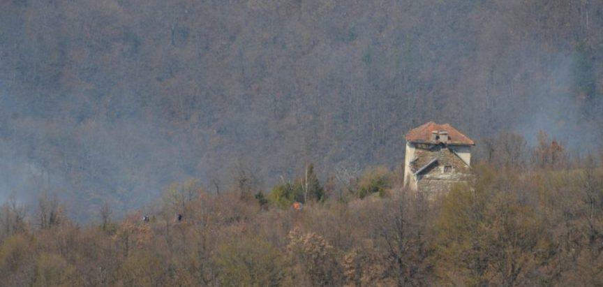Druženje Ustiramljana i Kućanaca u znak zahvalnosti za gašenje požara u travnju