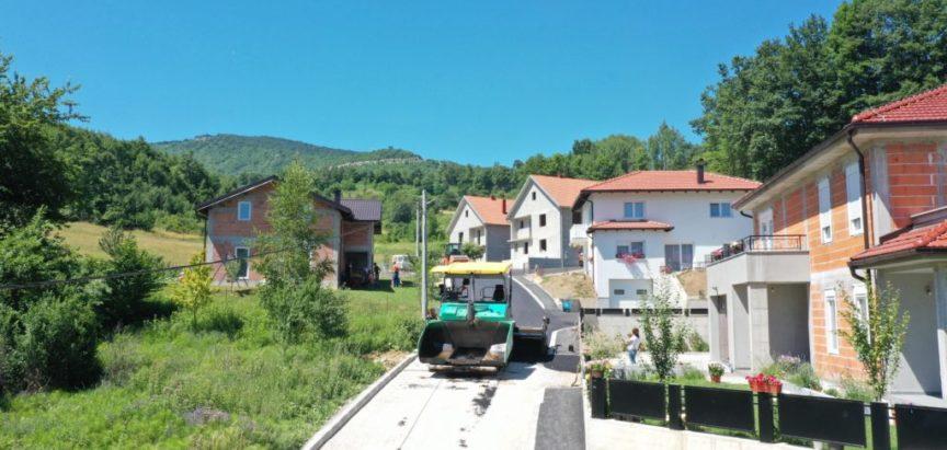 Foto/video: Uređenje odvojka Ulice Dive Grabovčeve u Prozoru
