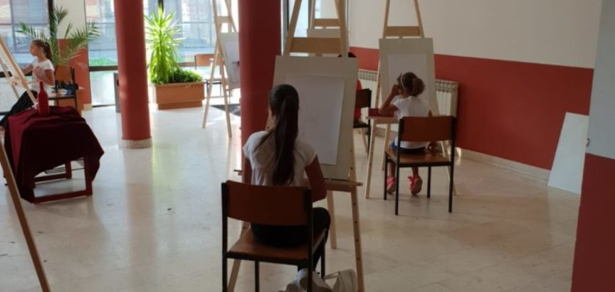 Započela likovna radionica za djecu i mlade u Prozoru