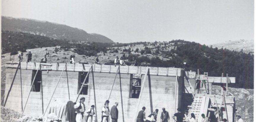Gradnja crkve na Dubom