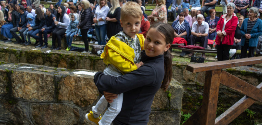 Foto/video: DEŽEVICE – Bosanski Lourdes