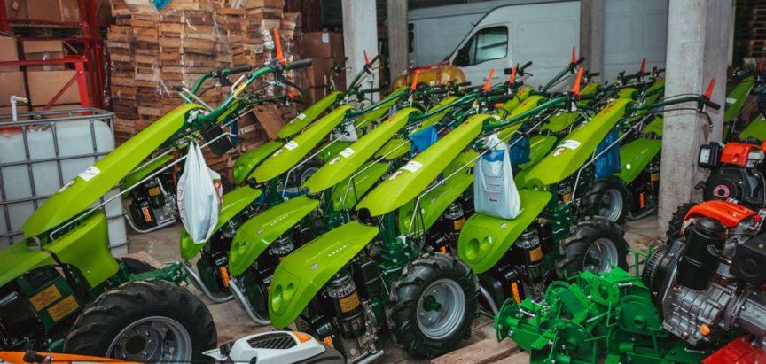 Poduzeće Šumski plod izvršilo primopredaju opreme poljoprivrednim proizvođačima kooperantima
