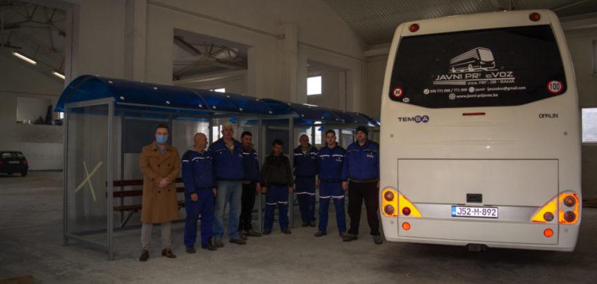 """Radionica """"Javnog prijevoza"""" d.o.o. izrađuje nadstrešnice za autobusna stajališta"""