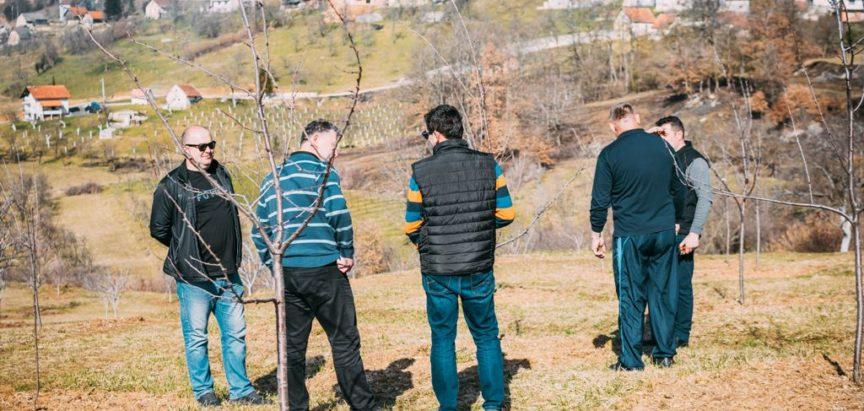 Održana radionica o zimskoj rezidbi šljive