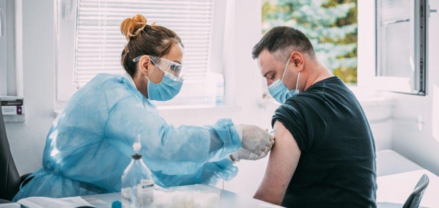 """U Dom zdravlja """"Rama"""" stigle prve doze cjepiva za djelatnike"""