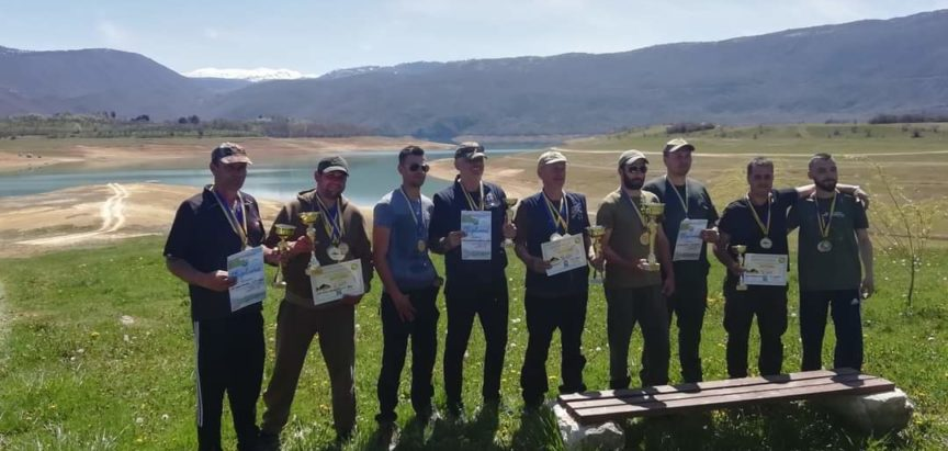 """Udruga športskih ribolovaca """"Amur"""" iz Gruda pobjednik natjecanja u ribolovu na Ramskom jezeru"""