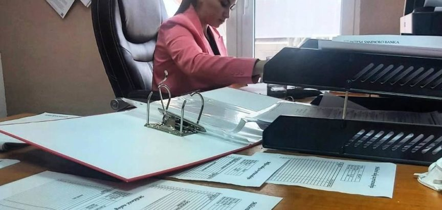 KREŠEVO: Iz direktorske stolice u bager i obrnuto