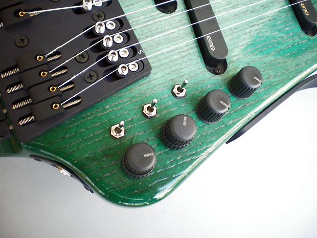 NS/Stick、アッシュ、緑色サンバースト