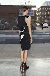 givenchy_019_1366.450x675