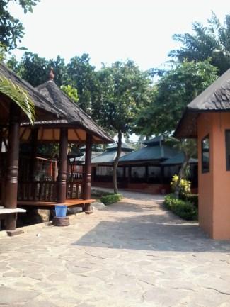 Pulau Situ Gintung - Saung