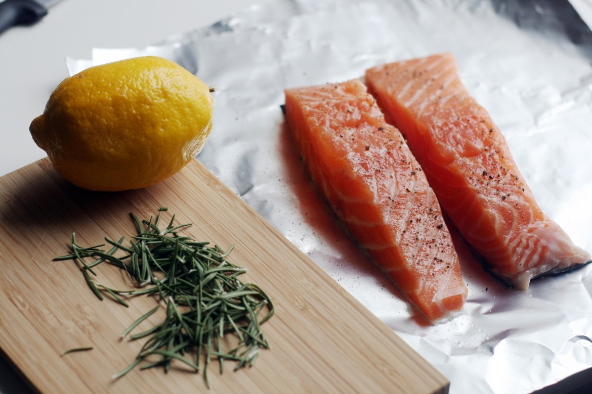 raw_salmon_rosemary