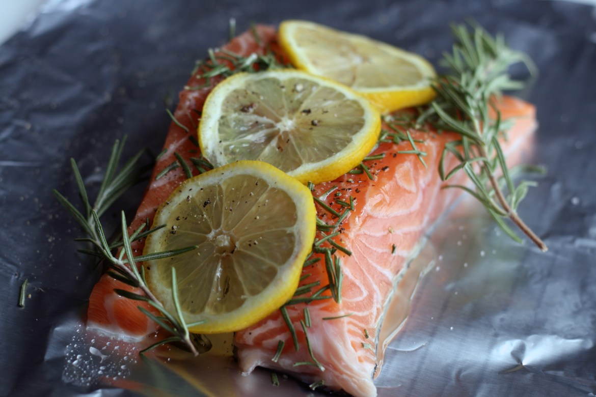 raw_salmon_rosemary_lemon