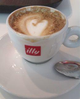 Caffè macchiato - Espressamente Illy