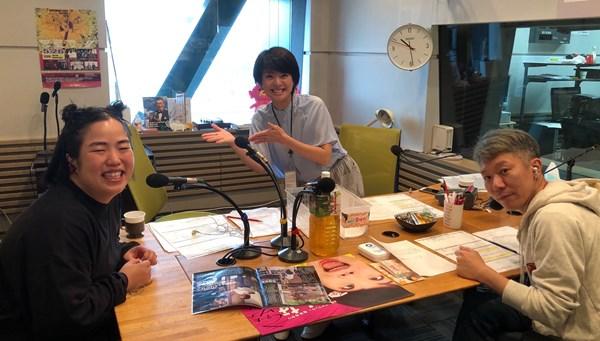 ゆりやんレトリィバァ(左)、喜多ゆかりアナウンサー(中央)、モンスターエンジン・西森洋一(右)