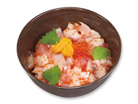旬の海鮮丼 500円(税込550円)