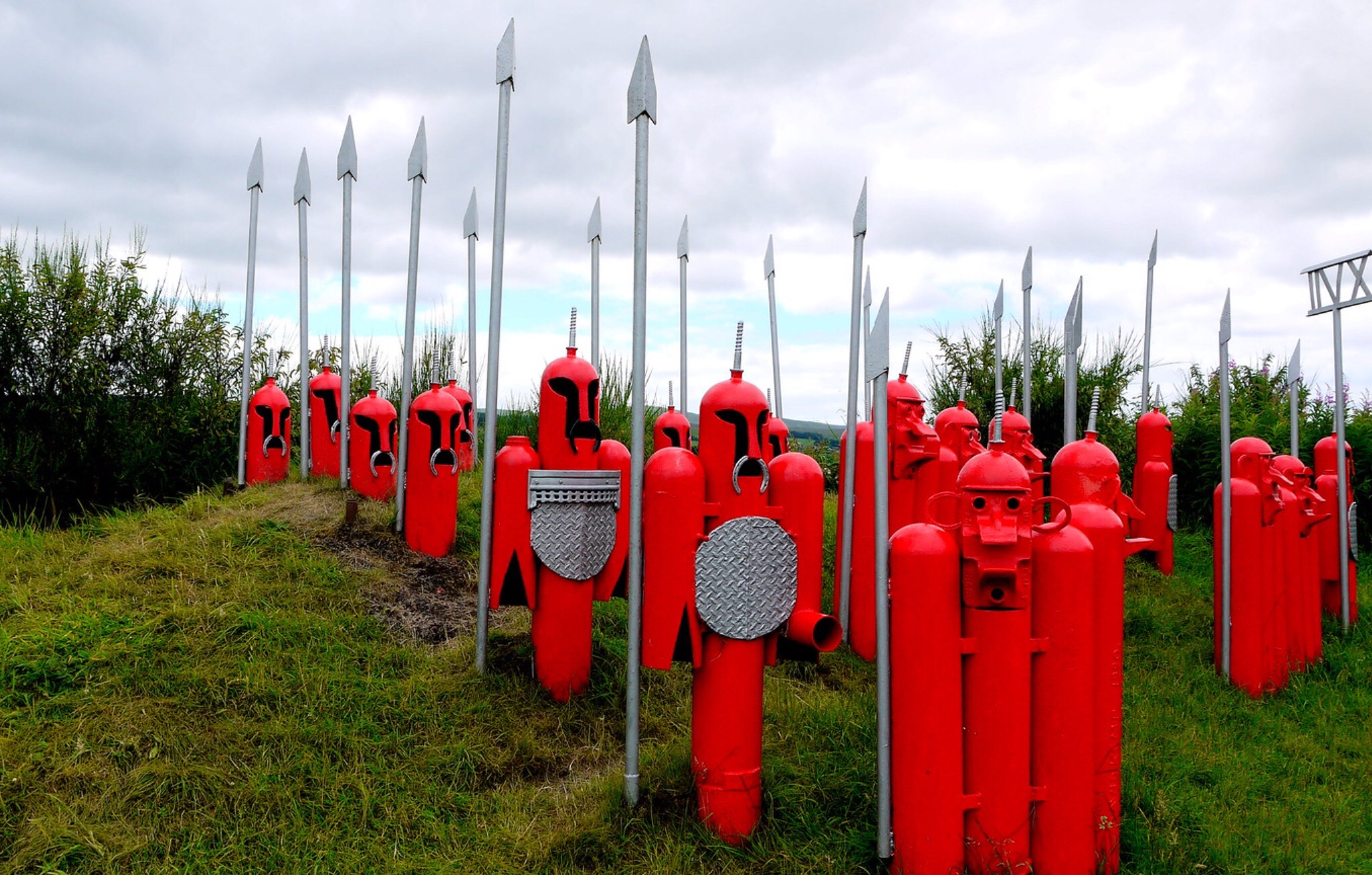 """""""The Lost XVII"""": a missing Roman legion was recreated in sculpture along a Scottish cycling route"""