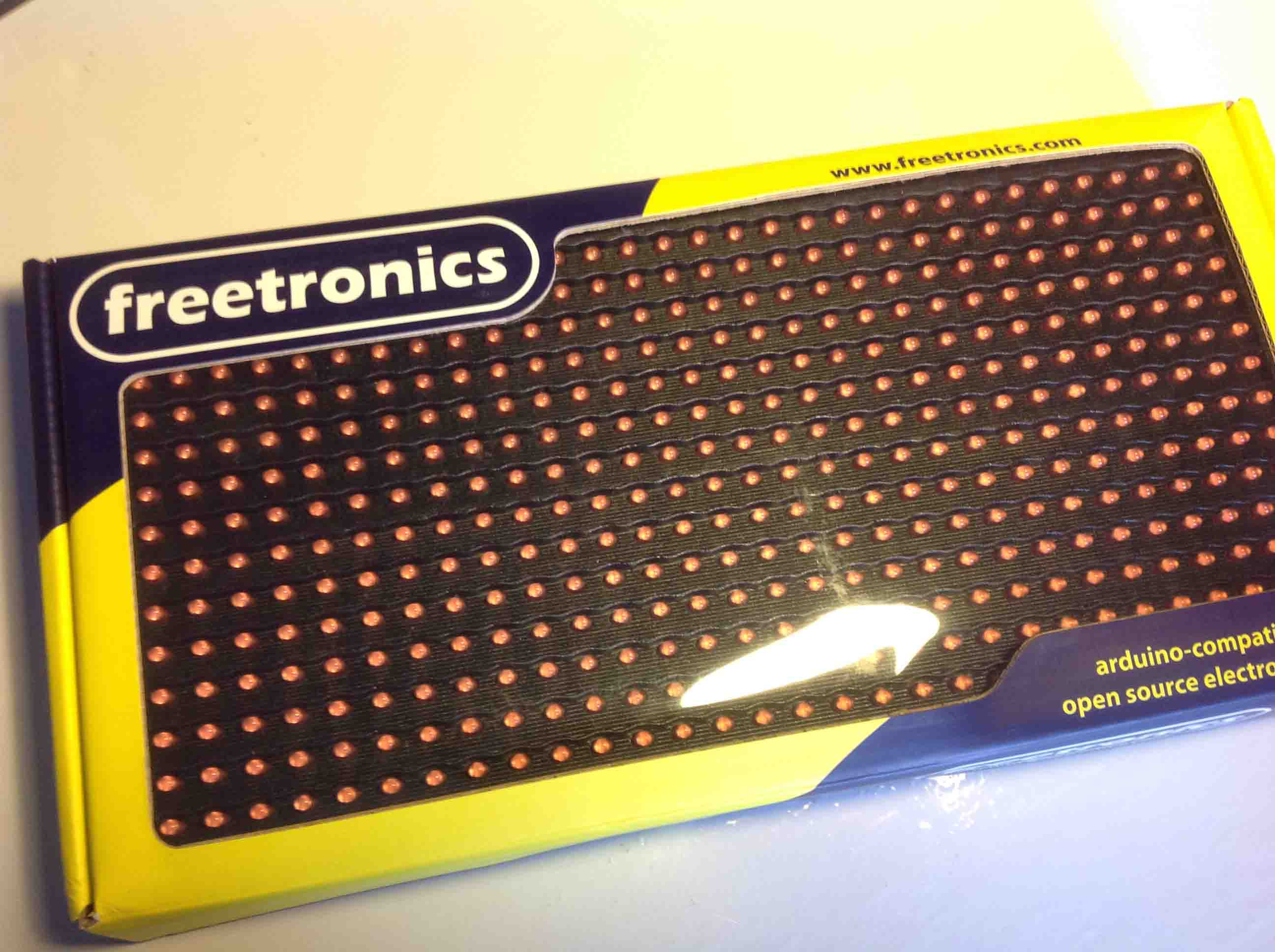 Review - Freetronics DMD 32x16 Red | Random Nerd Tutorials