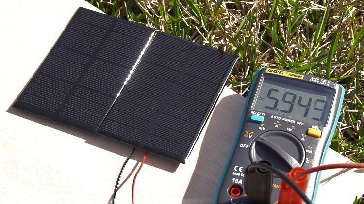 Power ESP32 ESP8266 Solar Panels Multimeter Measurements