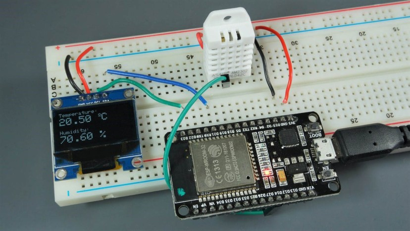 ESP32 ESP8266 Display DHT11 DHT22 Temperature and Humidity Readings in OLED Display