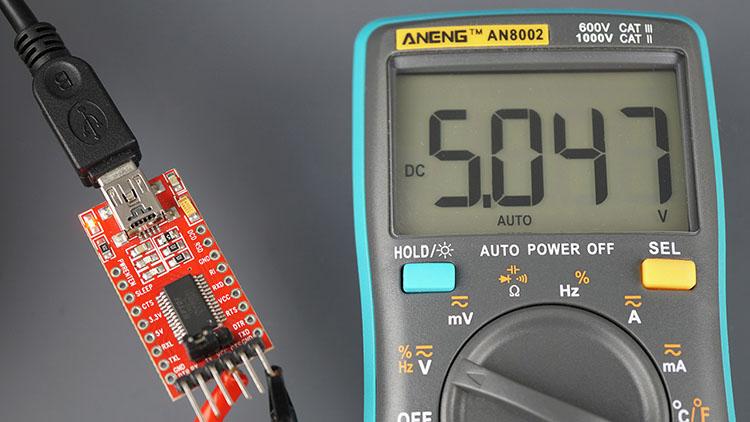 FTDI Programmer output 5V multimeter
