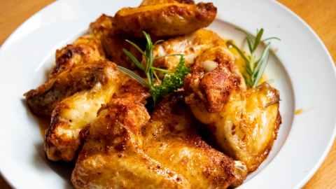 honey chicken wings at randomnestfamily.org