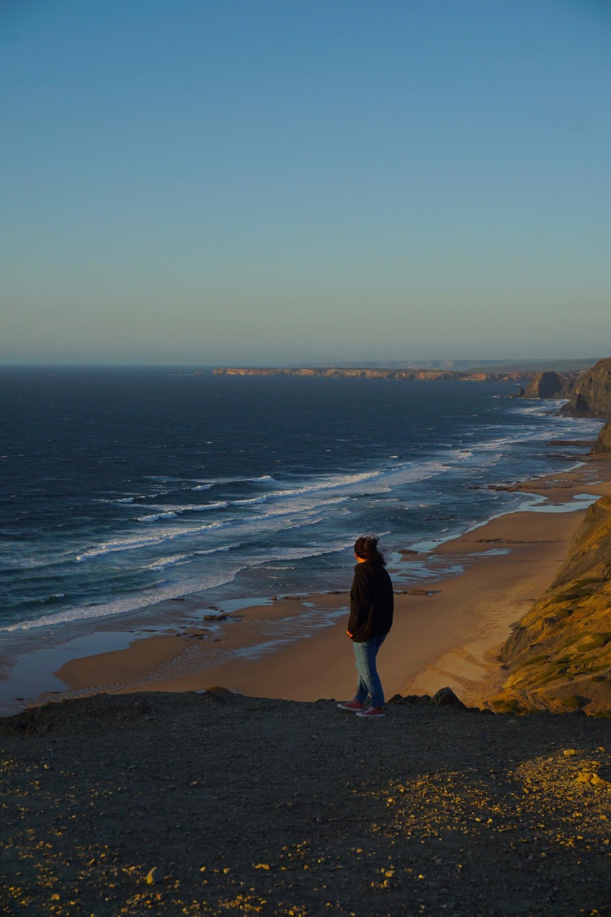 Algarve de Lagos a Odeceixe. Foto en el mirador de la playa de Cordoama
