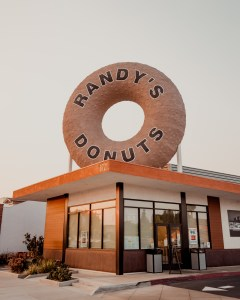 Open a Randy's Donuts