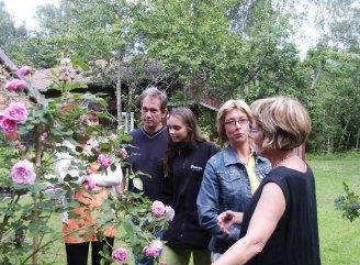 Visning av rosorna vid Edlas