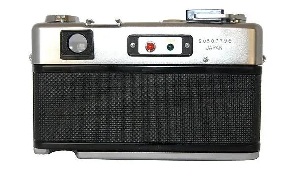 Yashica-G-600-back