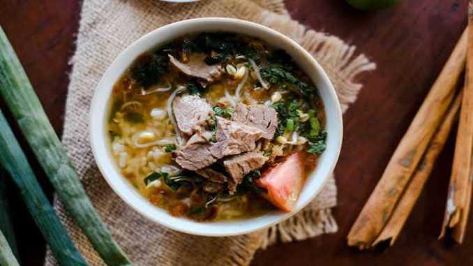 makanan khas Sragen Soto Buthek