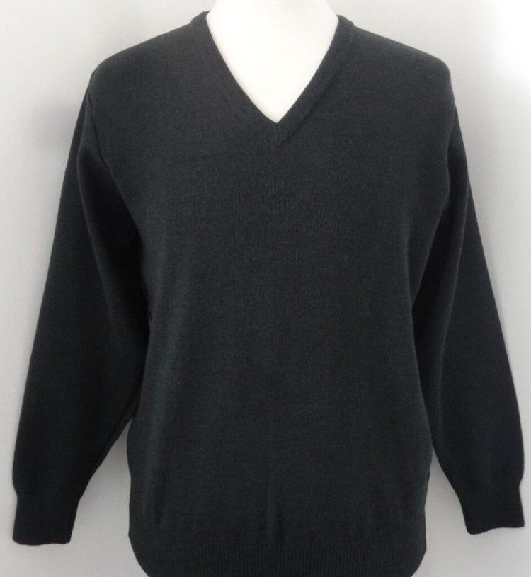 Knitwear for Corporatewear Workwear and Uniform - the WAVN V-neck sweater
