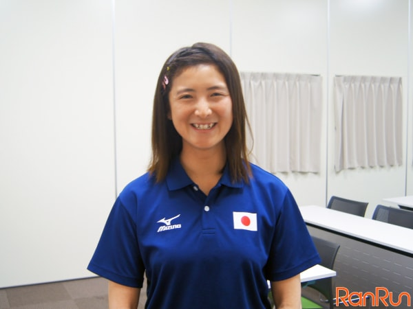 笑顔の大石綾美選手(中部電力所属・早稲田大学卒)