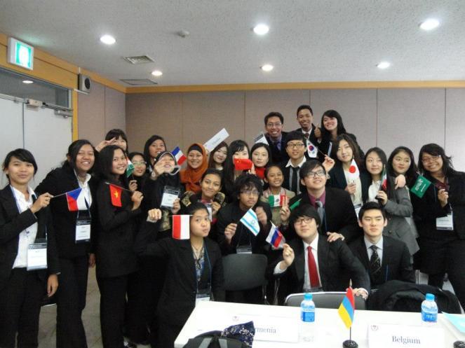 Bersama delegasi lainnya di NSS