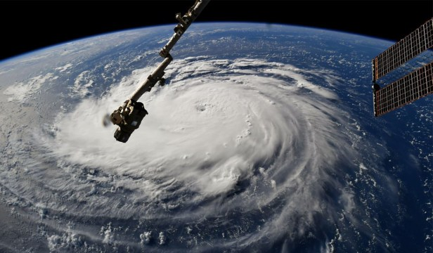 180910-hurricane-florence-index1