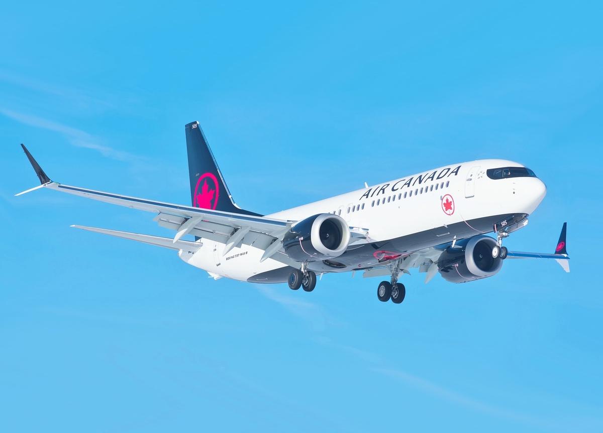 Air Canada Boeing 737 MAX 8 – March 12, 2018 (Liam Allport/Flickr)