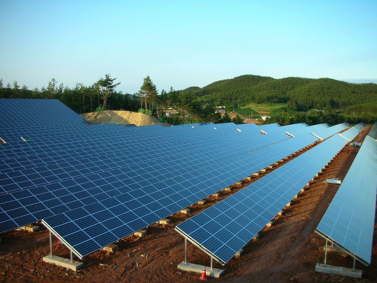 Taean Solar Farm at 7pm - June 29, 2008 (junilly)