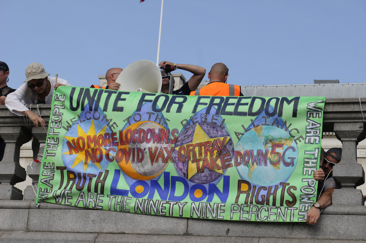 """Anti-lockdown rally at Trafalgar Square, London – September 19, 2020. (By <a href=""""https://www.flickr.com/photos/127991958@N06/50358772858/in/photostream/"""">Steven.Eason</a>, licensed under CC BY-NC 2.0)"""