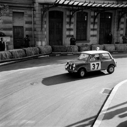 1964-mini-cooper-s-12