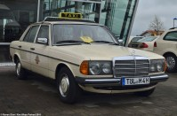 ranwhenparked-mercedes-benz-220d-w123-taxi-12