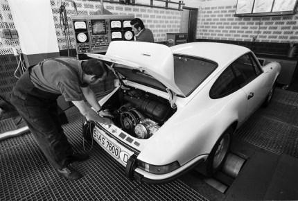 porsche-911-carrera-rs-8