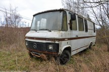ranwhenparked-rust-in-peace-mercedes-benz-407d-3