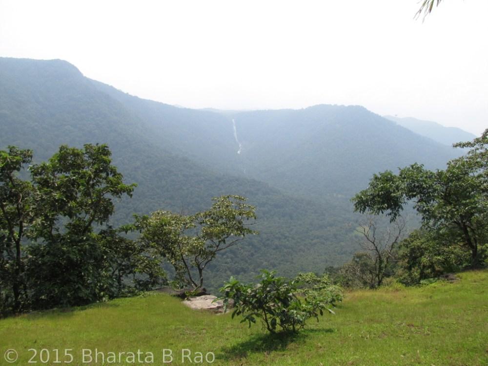 Trek to Devkara falls (3/6)