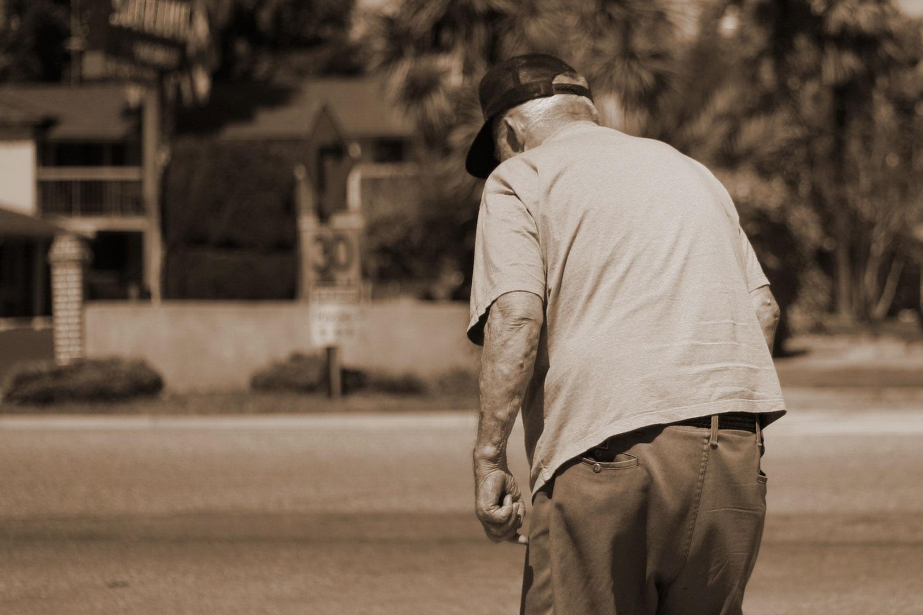 Old man osteoporosis