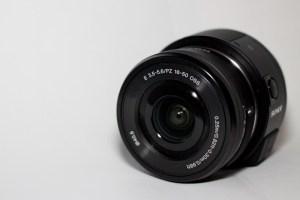 Sony QX1 mit 16-50mm Kit APS-C Objektiv