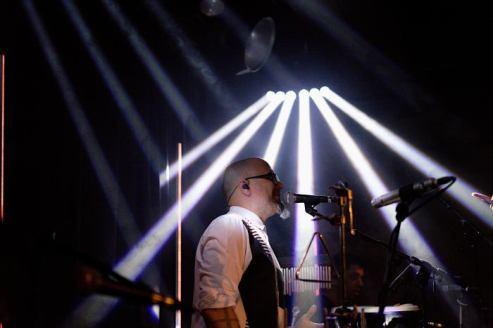 Beleuchtung am Seven-Konzert im Hotel Wetterhorn